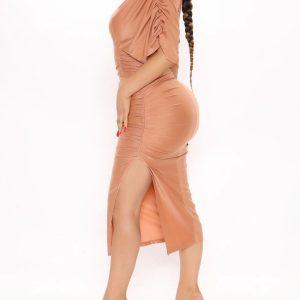 Deep V neckline short sleeve midi dress 5