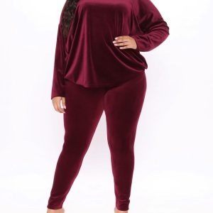Look stylish warm with the most favorite set of all 9
